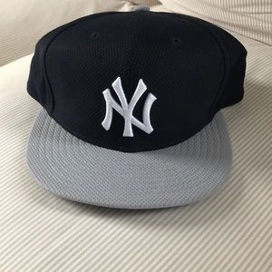 New without tag!  Yankees 59Fifty Cap